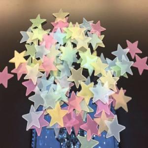 Estrellas fluorescentes colores